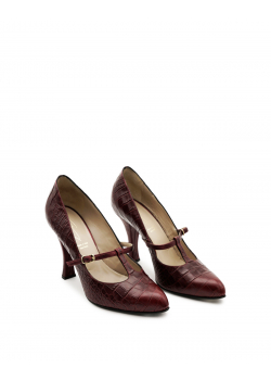 Burgundy pointed shoes with strap and spool heel
