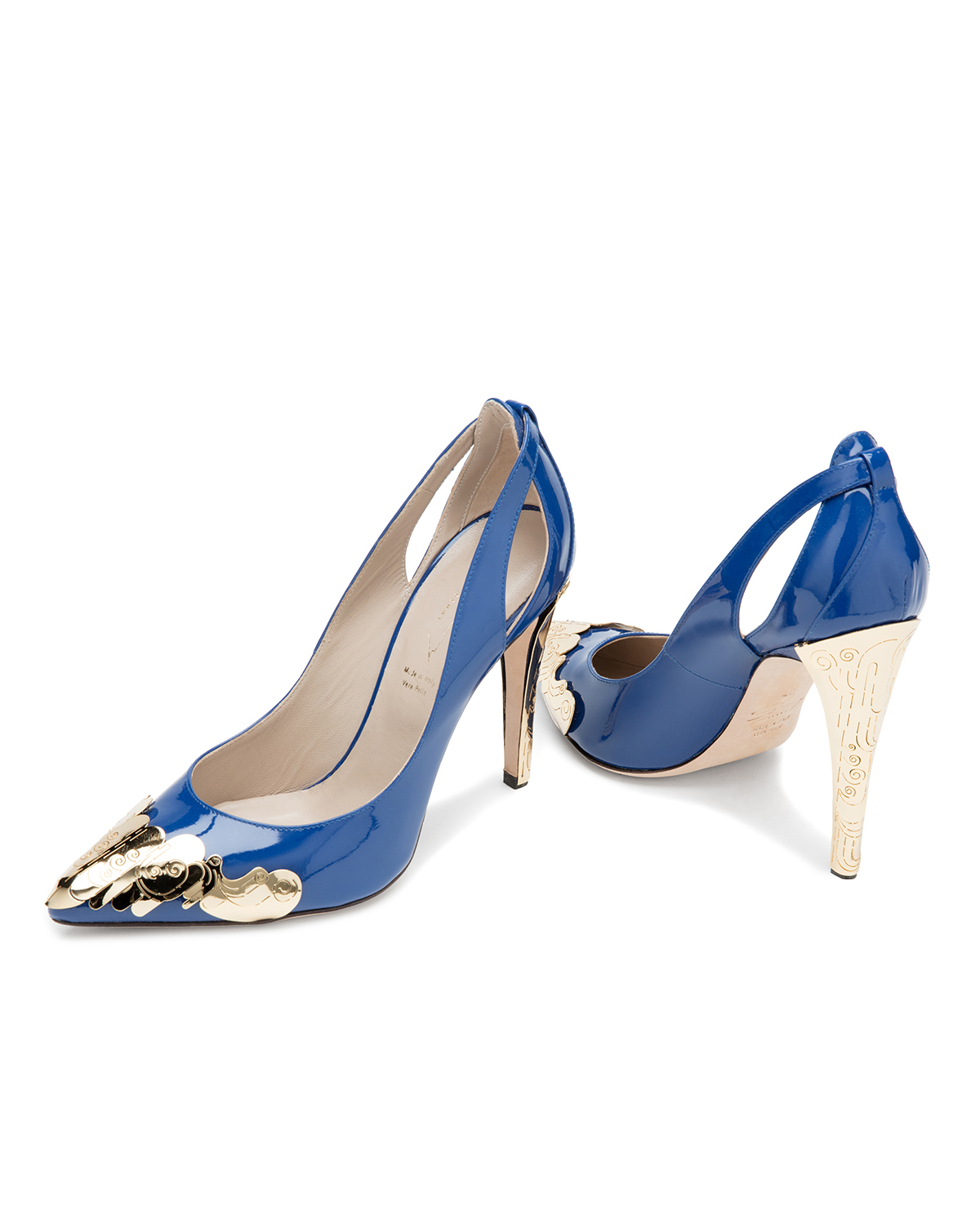 Blue patent-leather pumps with decorated heel